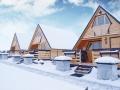 Gościniec nad Bukówką - Domki całoroczne zimą